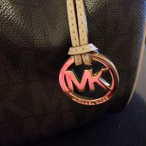 MK barrel bag